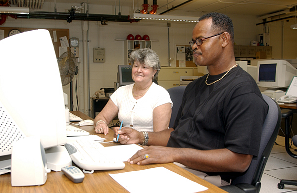 Ray Bias and Brenda Davis - Univ of Del I.T. Department